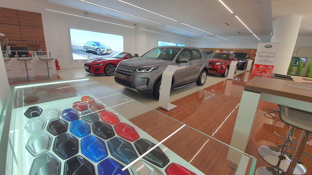 Jaguar Land Rover Sài Gòn (Showroom chính hãng duy nhất tại Hồ Chí Minh - Phú Thái Mobility)